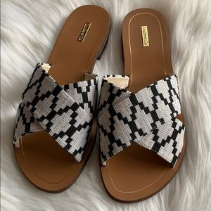 New Louise et Cie tribal cross sandals